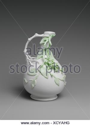 Ewer. Maker: Knowles, Taylor, and Knowles (1870-1929); Date: 1891-97; Geography: Made in East Liverpool, Ohio, United States; Culture: American; - Stock Photo