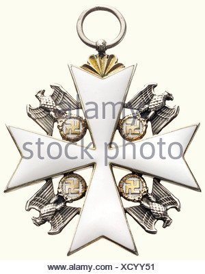 An Order of the German Eagle, a 1st class cross, 1943 - 1945. Silver, gold-plated and enamelled, 50 x 50 mm, weight 26.5 g. In the corners silver eagles with golden oak leaf wreath and swastica, silver ring (OEK 3467). historic, historical, 1930s, 20th century, awards, award, German Reich, Third Reich, Nazi era, National Socialism, object, objects, stills, medal, decoration, medals, decorations, clipping, cut out, cut-out, cut-outs, honor, honour, National Socialist, Nazi, Nazi period, symbol, symbols, emblem, emblems, insignia, Additional-Rights-Clearances-NA - Stock Photo