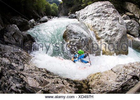 a tricky bend in kayak, Reusse River, Switzerland - Stock Photo