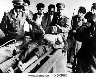 Guevara Serna, Ernesto 'Che', 14.5.1928 - 9.10.1967, Argentinian revolutionary, his dead body, hospital, Bolivia, 12.10.1967, ,