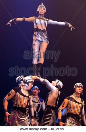 Dosov Troupe, FlicFlac Christmas Circus, premiere of Schrille Nacht, eilige Nacht, Westfalia Hall, Dortmund - Stock Photo