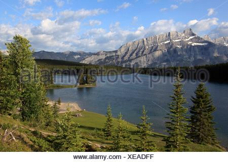 Canada, Alberta, Banff National Park, Two Jack Lake, Mount Rundle - Stock Photo