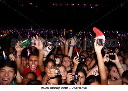 Rio de Janeiro, Brasilien - Sängerin Demi Lovato führt bei der Citibank Hall in Rio, die Menge war verrückt mit Demi und ihrer Band. AKM-GSI 19 April, 2012 - Stockfoto