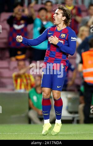 Barcelona, Katalonien, Spanien. 24 Sep, 2019. FC Barcelona ist Antoine Griezmann feiert nach dem Scoring der 1-0 während der spanischen LaLiga Match zwischen dem FC Barcelona und Villarreal CF im Camp Nou Stadion in Barcelona, Katalonien, Spanien, 24. September 2019. EFE/Quique Garcia