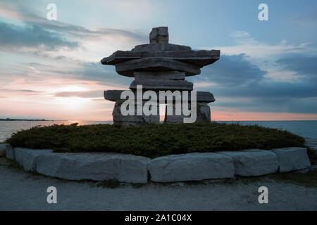 Kanada Ontario Sonnenuntergang am Sunset Point in CollingwoodI, Nushuk Stone Landmark, wir waren hier,