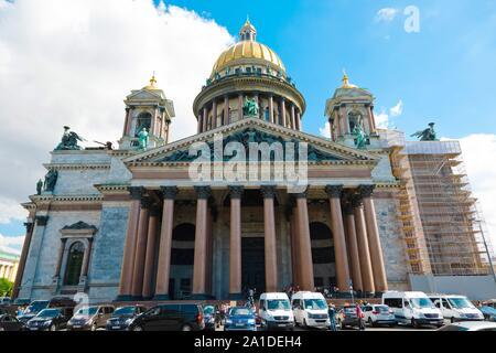 St. Petersburg, Russland - Juli 7, 2019: Wiederaufbau der St. Isaac Kathedrale - Stockfoto