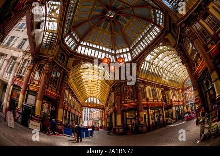 Die zentrale Innere des Leadenhall Market in der Londoner City - Stockfoto