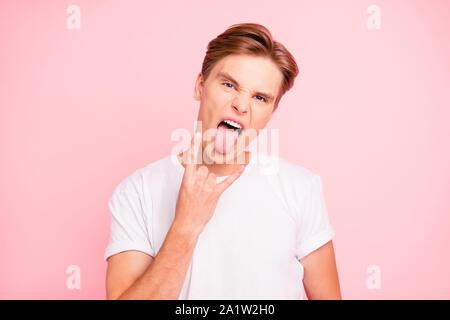 Portrait von cheeky cocky cool Schöne attraktive stattliche positiv - Stockfoto