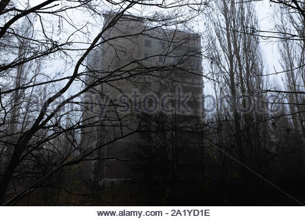 Stadt Pripyat 2019 in Ruinen abgebrochen - Stockfoto