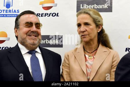 Madrid, Spanien. 30 Sep, 2019. Kleinkind Elena besucht die informative Breakfasts in Madrid September 30, 2019 Credit: CORDON PRESSE/Alamy leben Nachrichten - Stockfoto