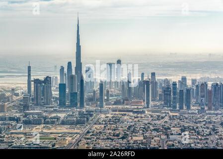 Luftaufnahme der Skyline von Dubai, Vereinigte Arabische Emirate - Stockfoto