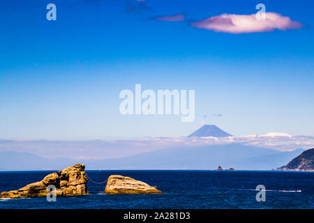 Mount Fuji von Matsuzaki, Japan gesehen - Stockfoto