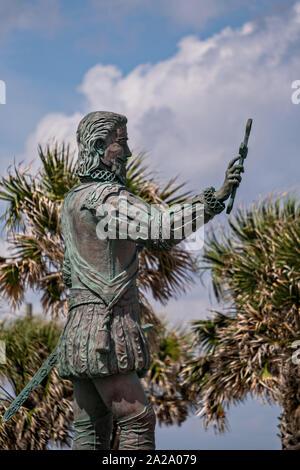 Statue von Juan Ponce de Leon, der Entdecker von Florida nach Künstler Rafael Picon in Melbourne Beach, Florida. Ponce de Leon landete in der Nähe von dieser Website in 1513 und behauptete Florida für das spanische Imperium. - Stockfoto