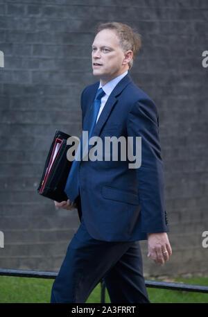 Downing Street, London, UK. 8. Oktober 2019. Grant Shapps, Staatssekretär für Verkehr in Downing Street für die wöchentliche Kabinettssitzung. Credit: Malcolm Park/Alamy Leben Nachrichten. - Stockfoto