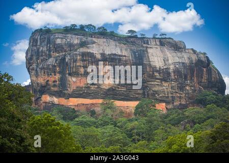 Sigiriya (Rock Lion's), eine alte Festung und mit einem Palast auf Ruine - Stockfoto
