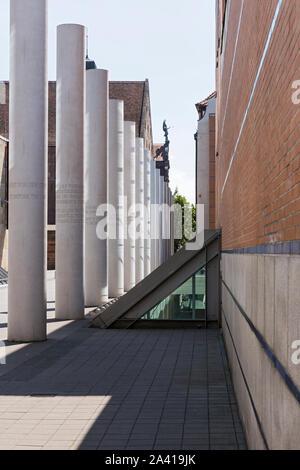 Nürnberg; Germanisches Nationalmuseum, Straße der Menschen-Rechte - Stockfoto