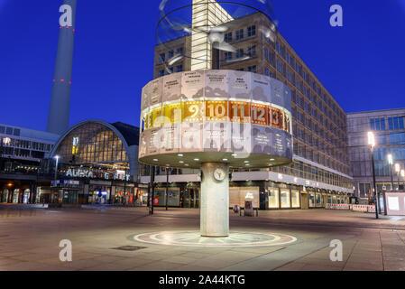 berlin deutschland 12 m rz 2019 lilli schweiger til. Black Bedroom Furniture Sets. Home Design Ideas