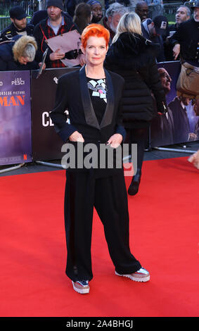 Sandy Powell, der Ire - Closing Night Gala, BFI London Film Festival, Leicester Square, London, UK, 13. Oktober 2019, Foto von Richard Goldschmidt - Stockfoto