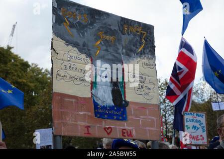 London, Großbritannien. 19. Oktober 2019. Große Plakette an der Abstimmung März in London gesehen. Credit: Joe Kuis/Alamy Nachrichten