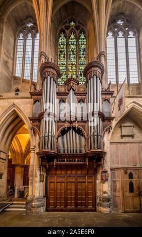 Orgelpfeifen in Southwark Cathedral (die Kathedrale und die Stiftskirche St. Retter und St Mary Overie), Southwark, London, UK. - Stockfoto