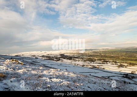 Winter kommt in Ilkley Moor. Yorkshire - Stockfoto