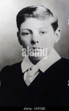 Sir Winston Churchill, (30. November 1874 – 24. Januar 1965) als Schuljunge Egge ca. 1888. Britischer Premierminister von 1940 bis 1945 und von 1951 bis 1955. - Stockfoto