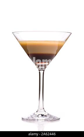 Alkoholische Cocktails: Single B52 auf weißem Hintergrund