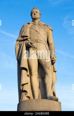 Statue in Devonshire Granit von König William IV (William 4.) des Vereinigten Königreichs von Großbritannien und Irland, die von Samuel Nixon. Jetzt im Greenwich Park. London. Großbritannien (105) - Stockfoto