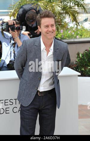 """CANNES, Frankreich. Mai 16, 2012: Edward Norton am Fotoshooting für seinen neuen Film 'Moonrise Königreich"""" am 65. Festival de Cannes. © 2012 Paul Smith/Featureflash - Stockfoto"""