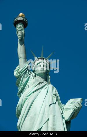 Die Freiheitsstatue ist ein iconic Symbol der Freiheit in den Vereinigten Staaten von Amerika, NY, USA - Stockfoto