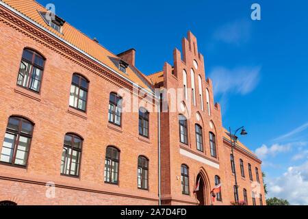 Gerichtsgebäude in Mragowo. Kaplityny, Ermland-Masuren, Polen. - Stockfoto