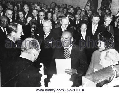 Martin Luther King an der Verleihung des Nobelpreises in Oslo 1964.. Kredit: 370091_Kugel Fotos/MediaPunch - Stockfoto