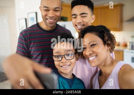 Glückliche Familie selfie - Stockfoto