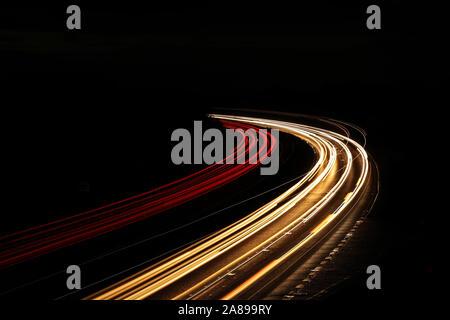 Leichte Wanderwege auf der Autobahn - Stockfoto