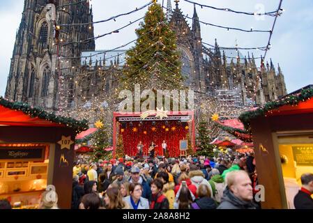 Kölner Hafen Weihnachtsmarkt