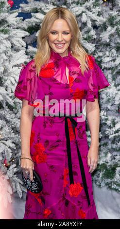 London, Vereinigtes Königreich. 11. November 2019. Kylie Minogue sorgt sich die UK Premiere von 'Last Christmas' am BFI Southbank statt. Credit: Peter Manning/Alamy leben Nachrichten - Stockfoto