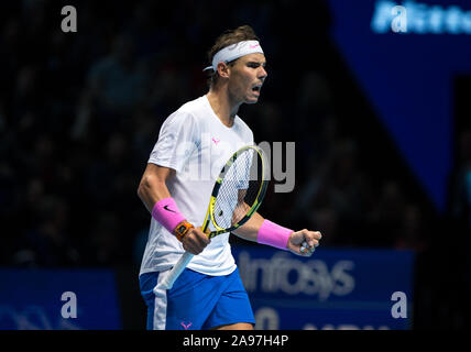 """London, Großbritannien. 13 Nov, 2019. Rafa """"Rafael"""" Nadal (Spanien) Tag 4 der Nitto ATP-Finale in London Tennis 2019 in der O2, London, England am 13. November 2019. Foto von Andy Rowland. Credit: PRiME Media Images/Alamy leben Nachrichten - Stockfoto"""