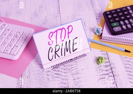 Text Zeichen angezeigt werden soll. Business Foto Text die Bemühung oder versuchen zu reduzieren und davon abhalten, Verbrechen und Verbrecher Briefpapier auf dem Buffer Draht in Zw. stand - Stockfoto