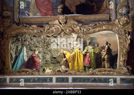 Presepio (Krippe) in Chiesa di San Lorenzo (San Lorenzo Kirche) im historischen Zentrum von Spello, Umbrien, Italien. August 21 2019 © wojciech Stroz - Stockfoto