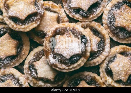 Hausgemachte Weihnachten mince pies - Stockfoto