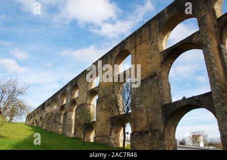 Amoreira Aquädukt in Elvas, Stadt der Region Alentejo, Portugal - Stockfoto