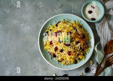 Cranberry Reispilaf/Persisch Jewled Reis - Stockfoto
