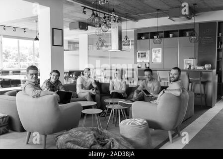 Team Meeting und Brainstorming - Stockfoto