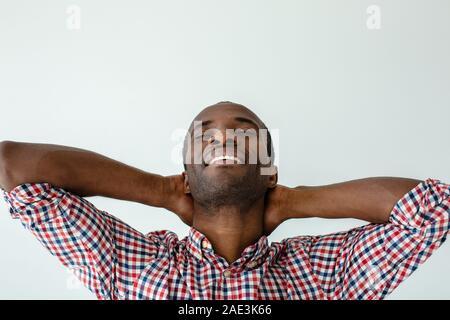 Nahaufnahme von fröhlichen Menschen Gefühl entspannt - Stockfoto