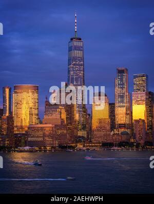 Blick auf die Skyline von Manhattan New York City - Stockfoto