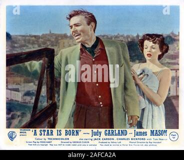 JAMES MASON und Judy Garland in einem STERN IST GEBOREN Direktor 1954 George Cukor Drehbuch Moss Hart Transcona Enterprises/Warner Bros. - Stockfoto