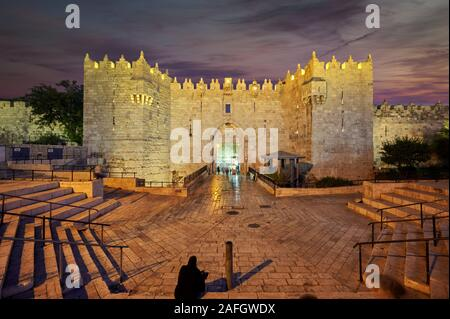 Jerusalem Israel. Damaskus Tor bei Sonnenuntergang - Stockfoto