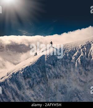 Wissenschaftler, Rotarfellshnukur Peak, Eiskappe des Vatnajökull, Island - Stockfoto