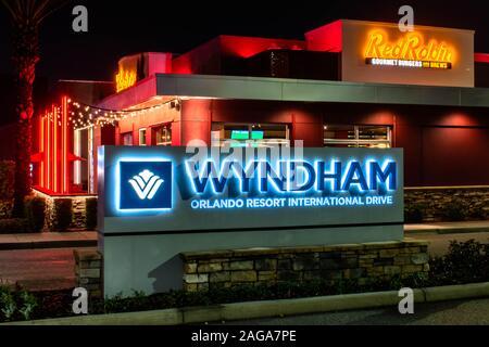Orlando, Florida. Dezember 13, 2019. Wyndham Orlando ich Anmelden International Drive - Stockfoto