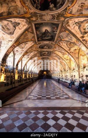 München Deutschland - Dezember 30, 2016: der Münchner Residenz als der Sitz der Regierung und Residenz der bayerischen Herzöge, Kurfürsten und Könige aus serviert. - Stockfoto